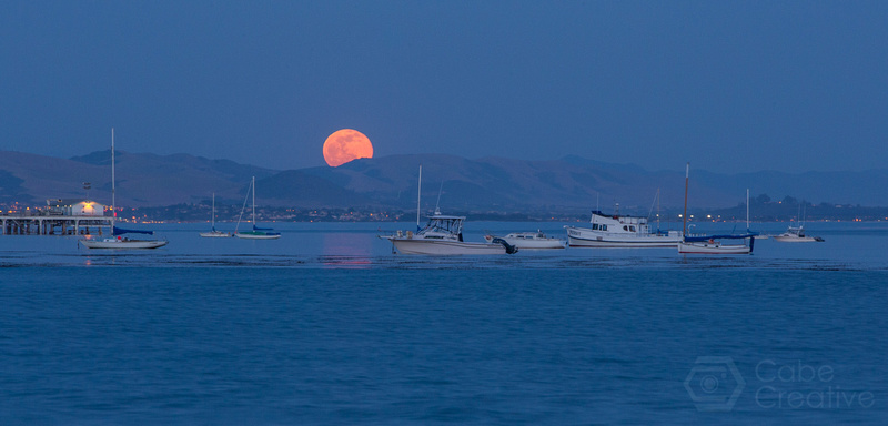 Full Moon Rising - Avila